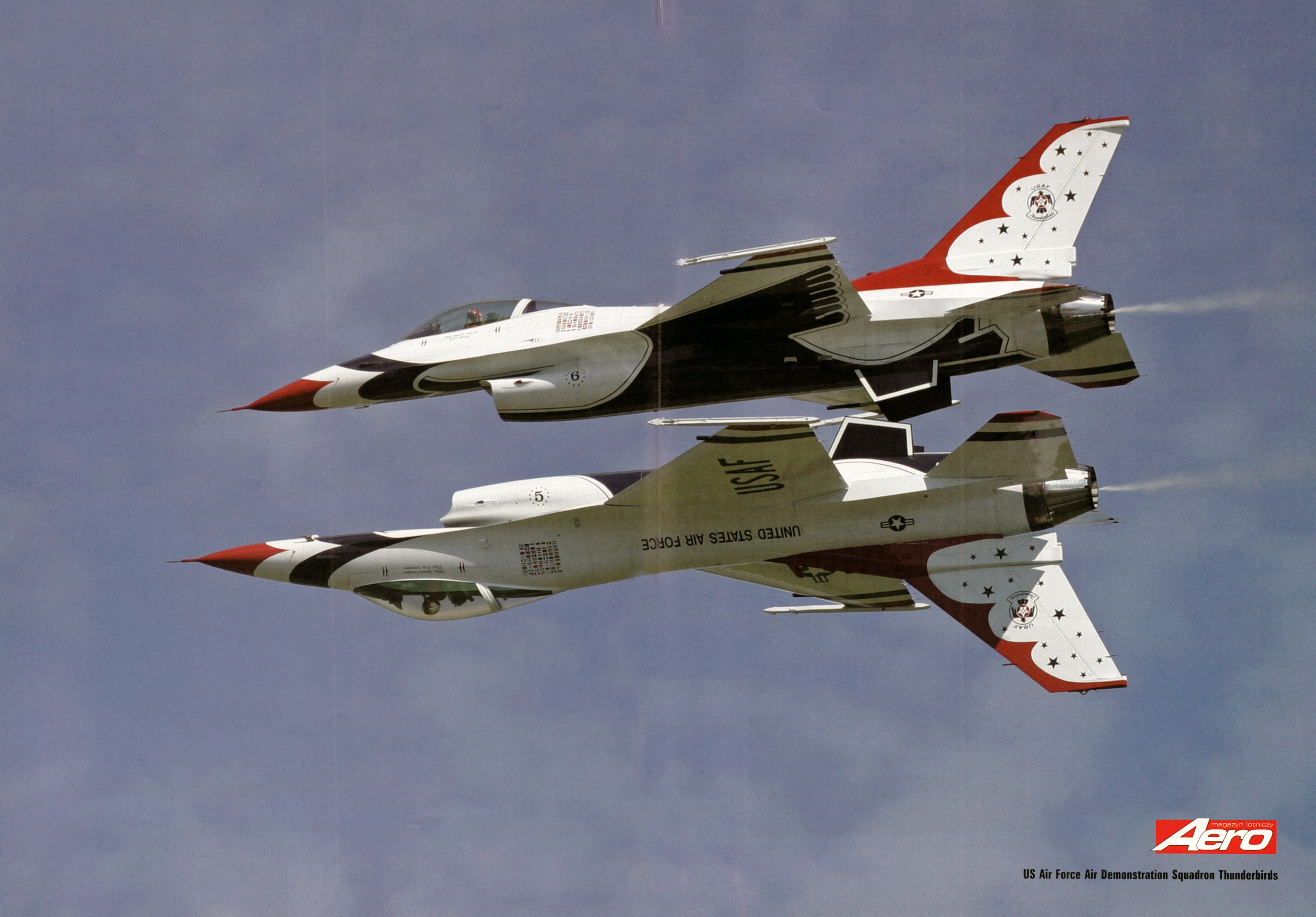 Aero 05-2007C.jpg - Thunderbirds centerfold picture in Aero magazine